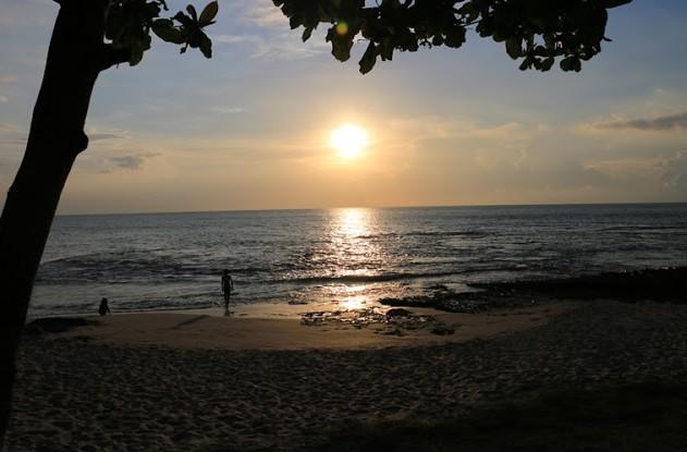 Destinasti Objek Wisata Pantai Cibeureum Anyer Serang Banten Keindahan Kab