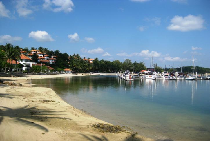 Pesona Objek Wisata Pantai Anyer Banten Memukau Joglopark Marina Serang