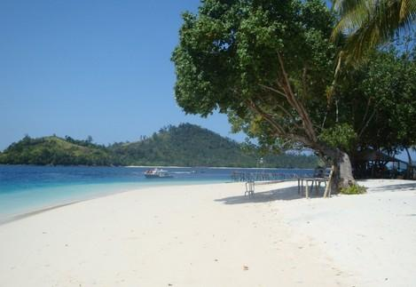 Tempat Wisata Serang Banten Pantai Labuan Cibeureum Kab