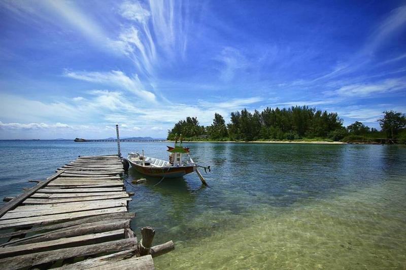 21 Tempat Wisata Banten Wajib Kamu Kunjungi Pulau Sangiang Kab