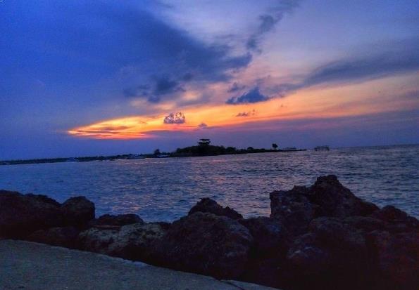 Alamat Harga Tiket Pantai Pasir Putih Anyer Marina Instagram Fadjarfamungkas