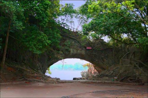 Guide Cipacungjalan Banten Indonesia Tripmondo Pictures Karang Bolong Anyer Pantai