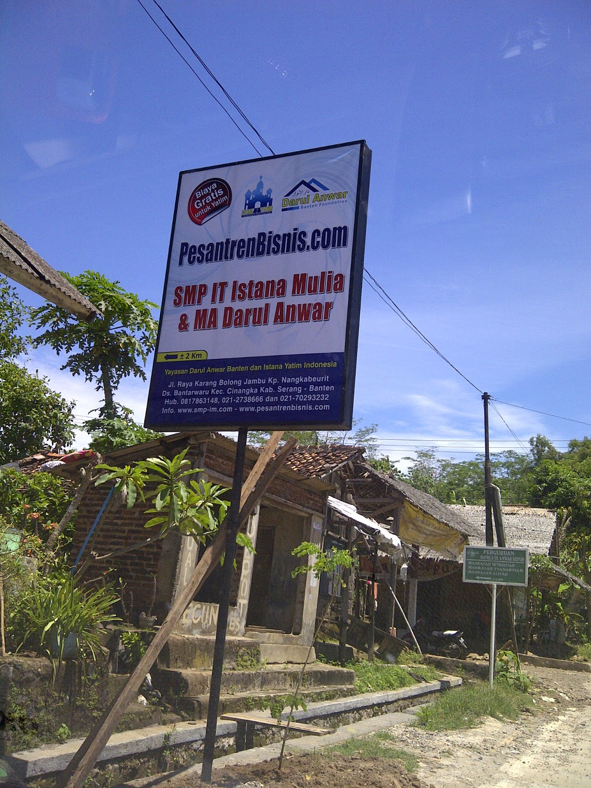 Smp Boarding Unggulan Nasional Pesantren Entrepreneurs Plang Petunjuk Arah Istana