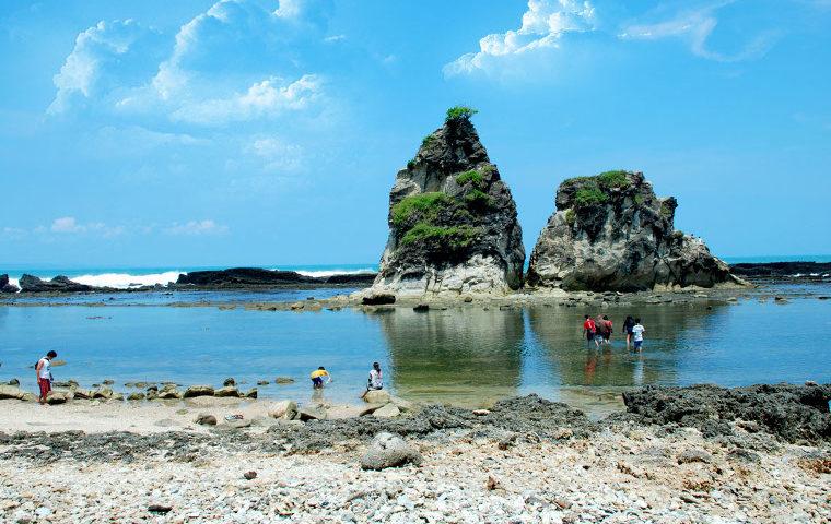 Sawarna Bagedur Pesona Terpendam Pantai Banten Bantenbangkit Marina Kab Serang