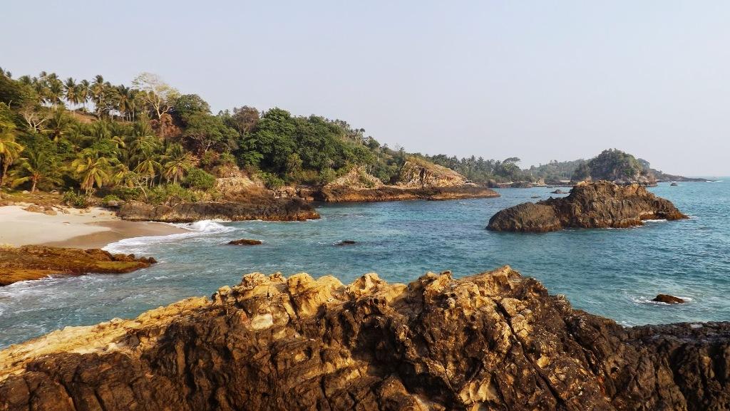 Wisata Pasir Putih Keindahan Pantai Marin Lampung Selatan Marina Kab