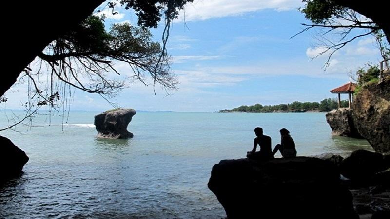 Wisatabanten Temukan Keindahan Banten Disini Wisata Pantai Karang Bolong Marina