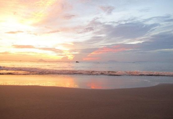 10 Pantai Terindah Anyer Eksotis Menawan Wisata Pasir Putih Florida