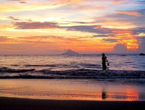 Destinasti Objek Wisata Pantai Pasir Putih Florida Anyer Serang Keindahan