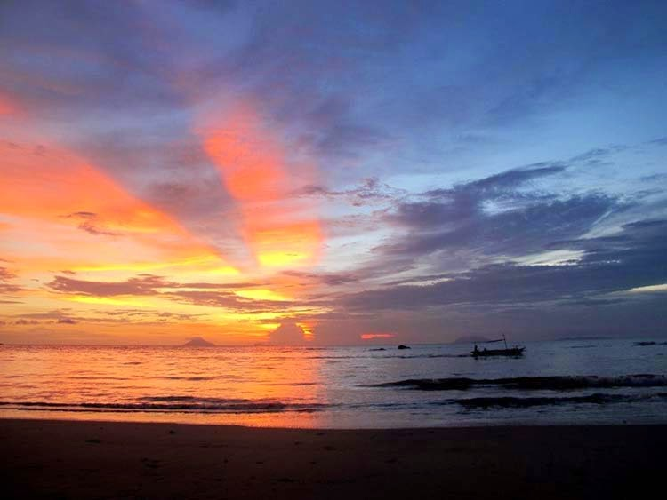Pantai Pasir Putih Florida Anyer Cepamagz Kab Serang