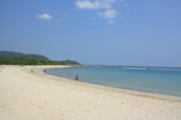 Perlu Bali Nikmati Keindahan Pantai Banten Punya Semuanya Tak Pasir