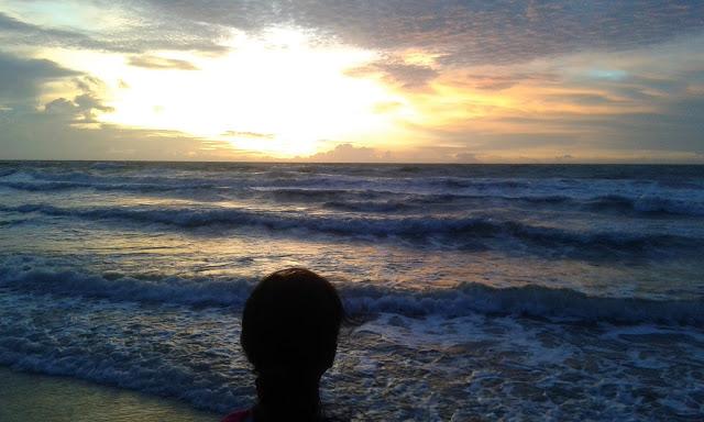 Pesona Sunset Pantai Pasir Putih Anyer Lokasi Puih Beralamat Jalan