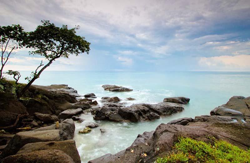 9 Wisata Banten Terkenal Terpopuler Www Metaonline Id Pantai Tanjung