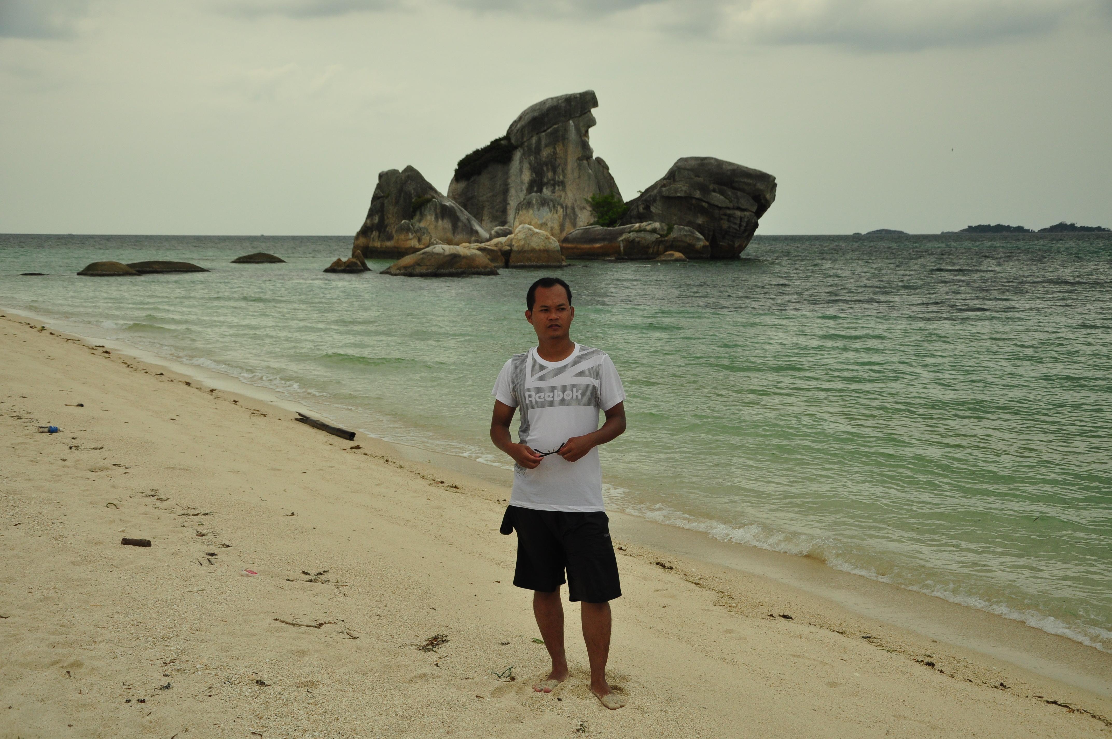 Pecintawisata Traveling Photography Page 21 Dinamakan Pulau Burung Tumpukan Batu