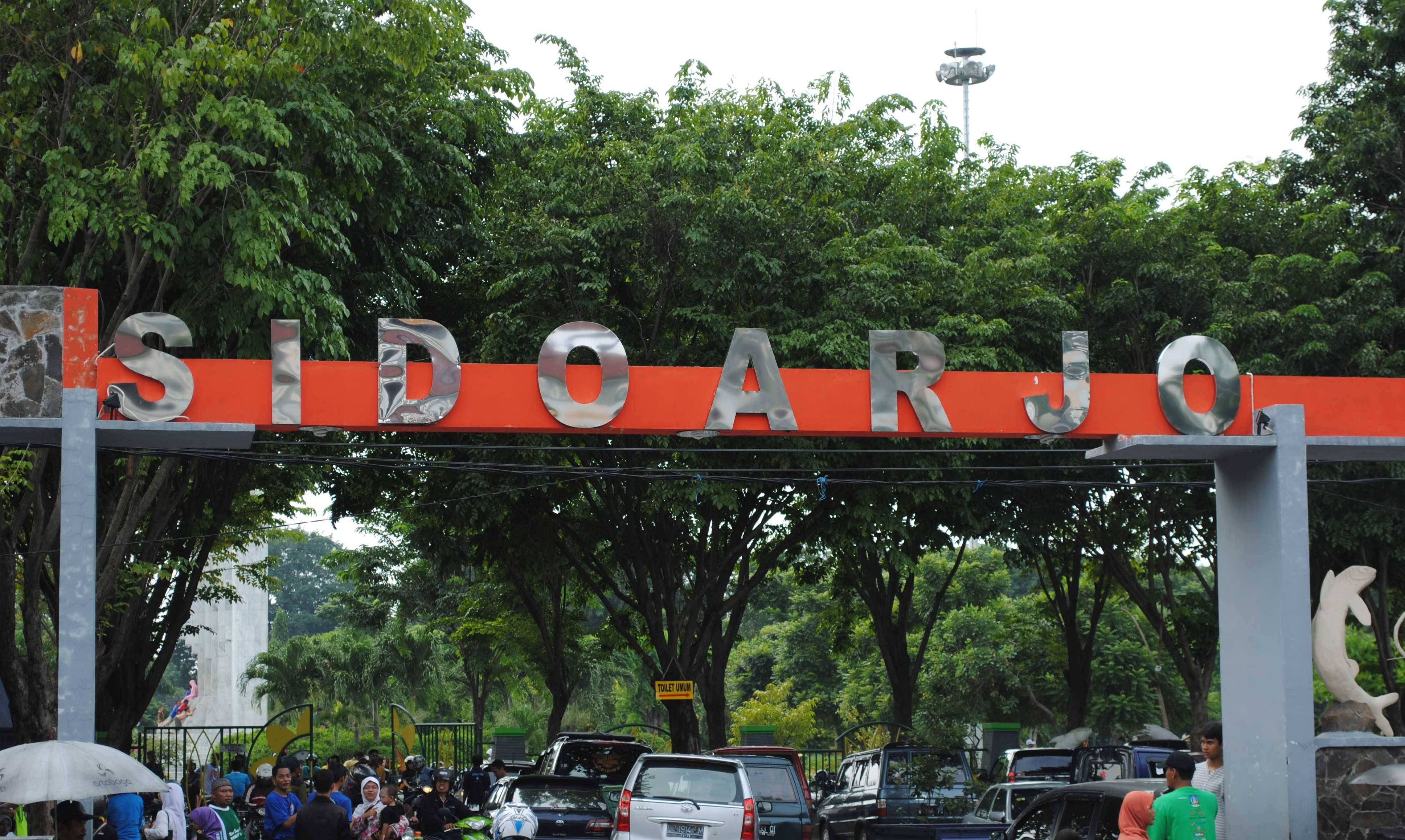 Hotel Murah Pusat Kota Sidoarjo Wisata Candi Pari Kab