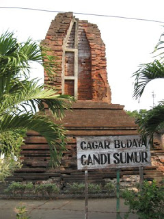 Site Culture Kab Sidoarjo Kec Porong Candi Sumur Terletak Berdekatan