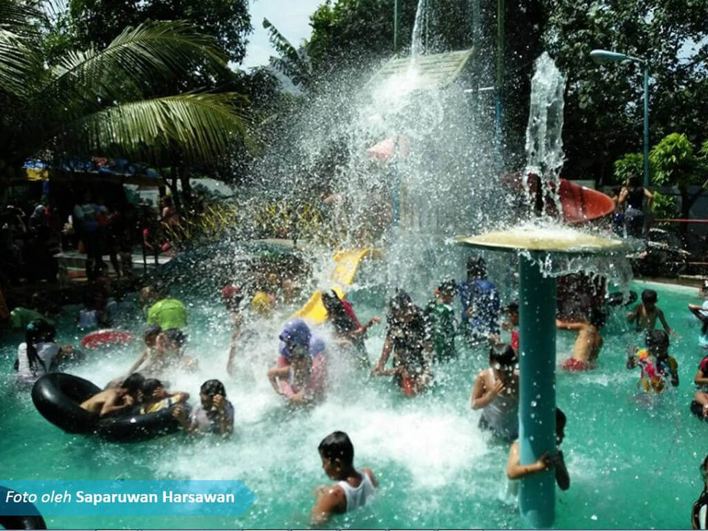Wks Minipark Wisata Kalimas Balongbendo Wakuldarjo Enaknya Rekreasi Tempatnya Rindang