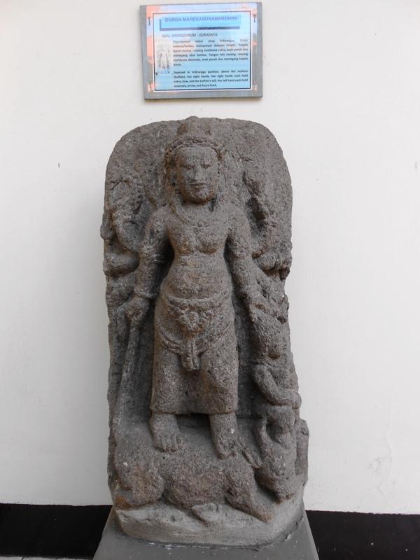 Arca Museum Mpu Tantular Eveline Durga Mahesasuramardhini Musium Kab Sidoarjo