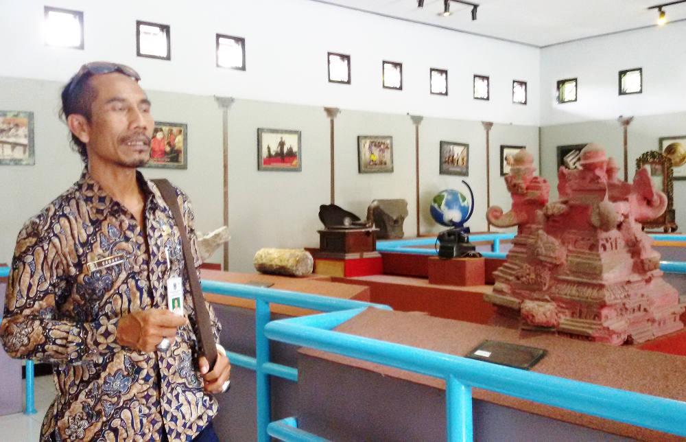 Museum Mpu Tantular Ramah Tunanetra Yovinus Guntur Beritabenar Suasana Gedung