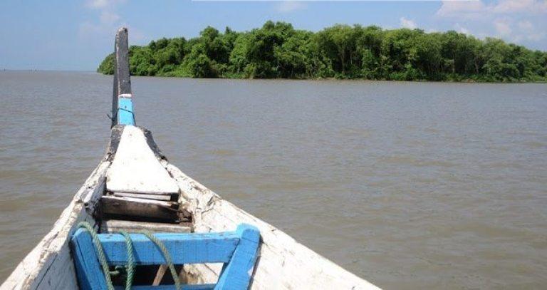 7 Tempat Wisata Sidoarjo Wajib Singgahi Bahari Tlocor Pulau Sarinah