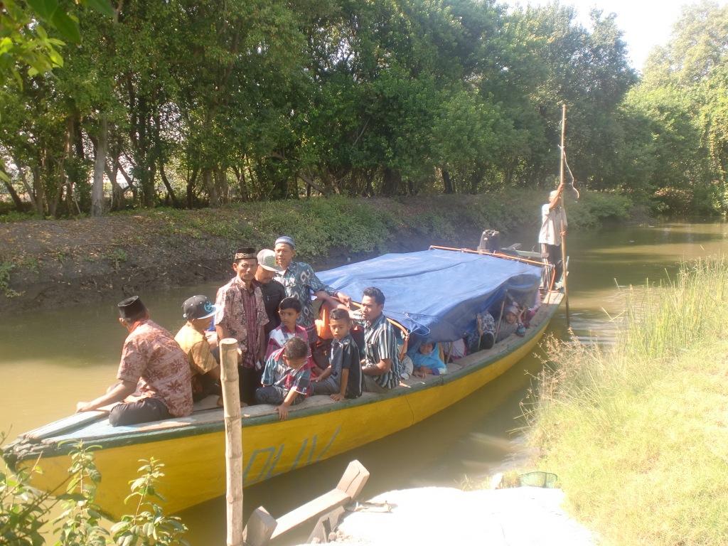 Berwisata Religi Pesarean Putri Ayu Dewi Sekardadu Sidoarjo A5 Pantai