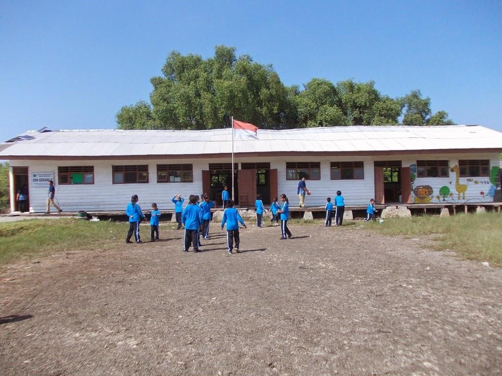 Blog Hurek Mengunjungi Sekolah Tambak Pucukan Sidoarjo Dusun Desa Gebang