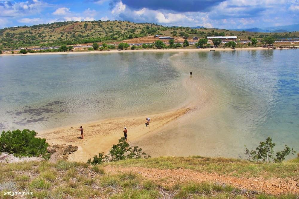 Lokasi Wisata Bahari Sidoarjo Sportourism Id Bima Fenomena Laut Terbelah