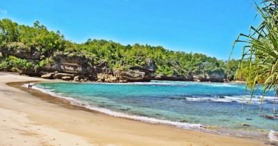 Wisata Tempat Id Pantai Wawaran Berwisata Sambil Mencari Kerang Cantik