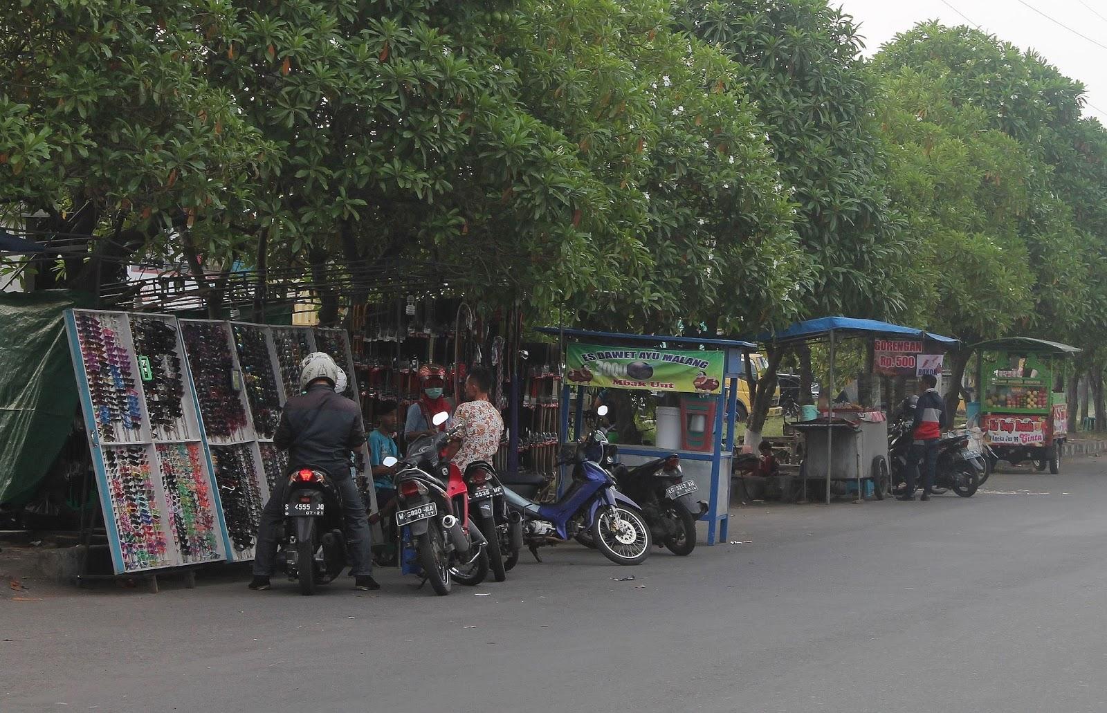 Relokasi Pkl Pemkab Sidoarjo Gunakan Fasum Perumahan Redaksi Pasar Malam