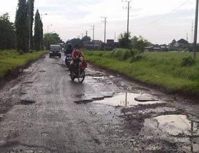 Sidoarjo 2015 Meningkatnya Jalan Rusak Kabupaten Menurut Sigit Setyawan Kepala