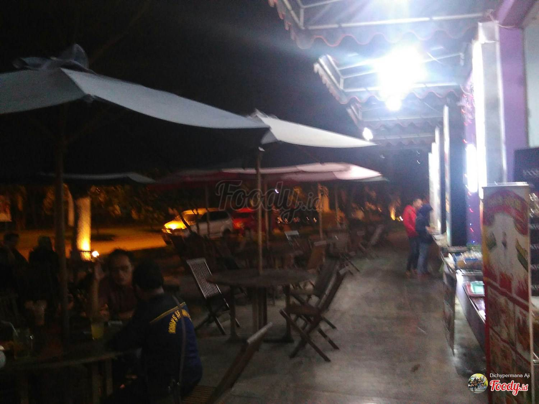 Es Teler 57 Pazkul Kahuripan Nirwana Surabaya Foody Id Loading