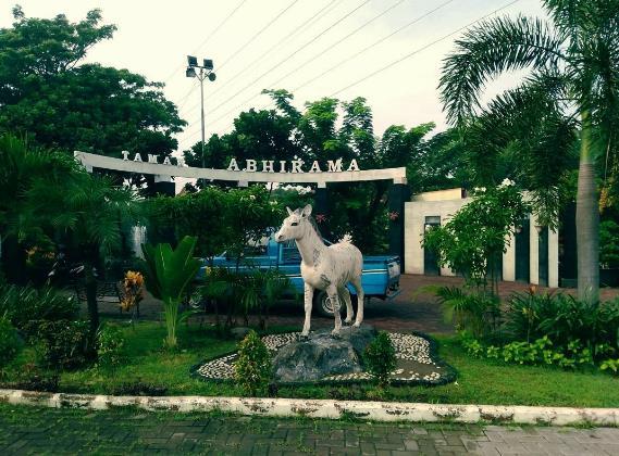 18 Tempat Wisata Sidoarjo Jawa Timur Terhits Taman Abhirama Photo