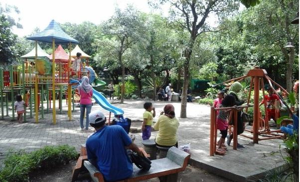 Abhirama Taman Keluarga Tengah Kota Obyek Foto Instagrammable Bisa Ditemui