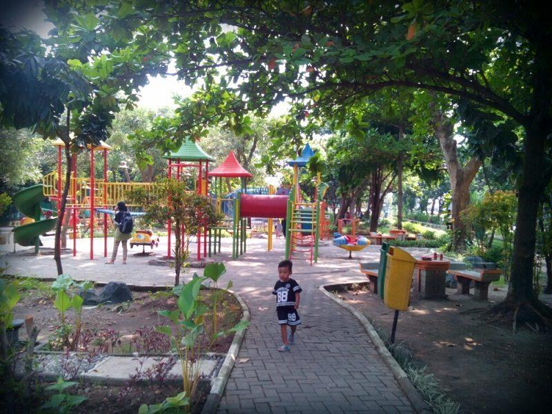 Nongkrong Asyik Bersama Keluarga Taman Abhirama Tips Dokter Cantik Kab