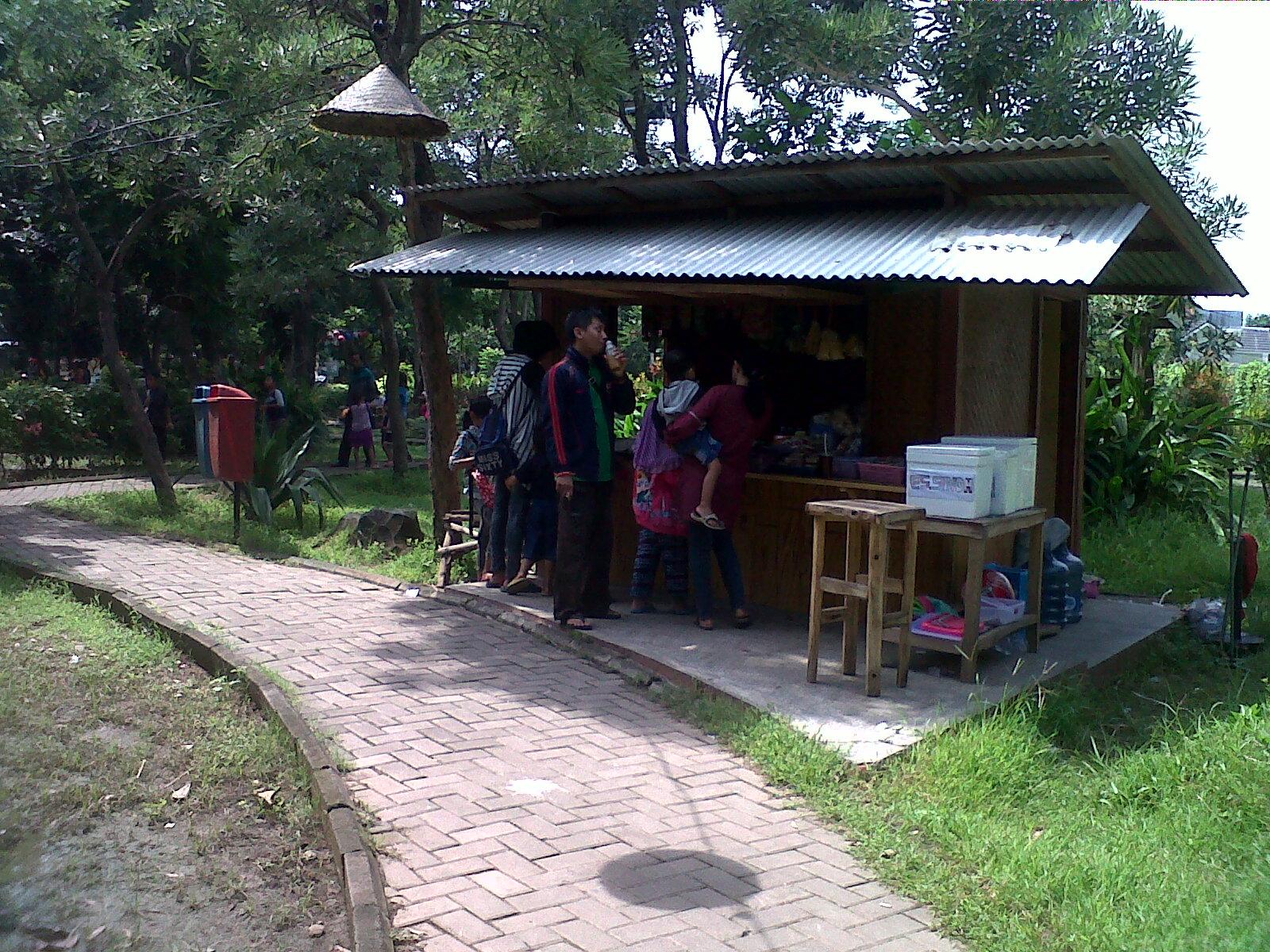 Review Wisata Taman Abhirama Sidoarjo Disana Mini Warung Haha Jual