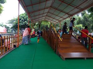 Taman Abhirama Alternatif Play Ground Sidoarjo Bedroom Capek Bisa Istirahat