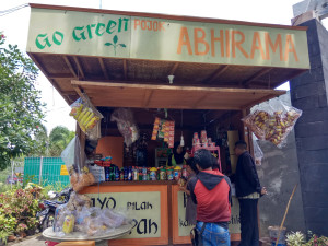 Taman Abhirama Alternatif Play Ground Sidoarjo Bedroom Mini Market Kab