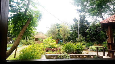 Wisata Keluarga Sidoarjo Taman Abhirama Haya Zone Pemandangan Gazebo Kab