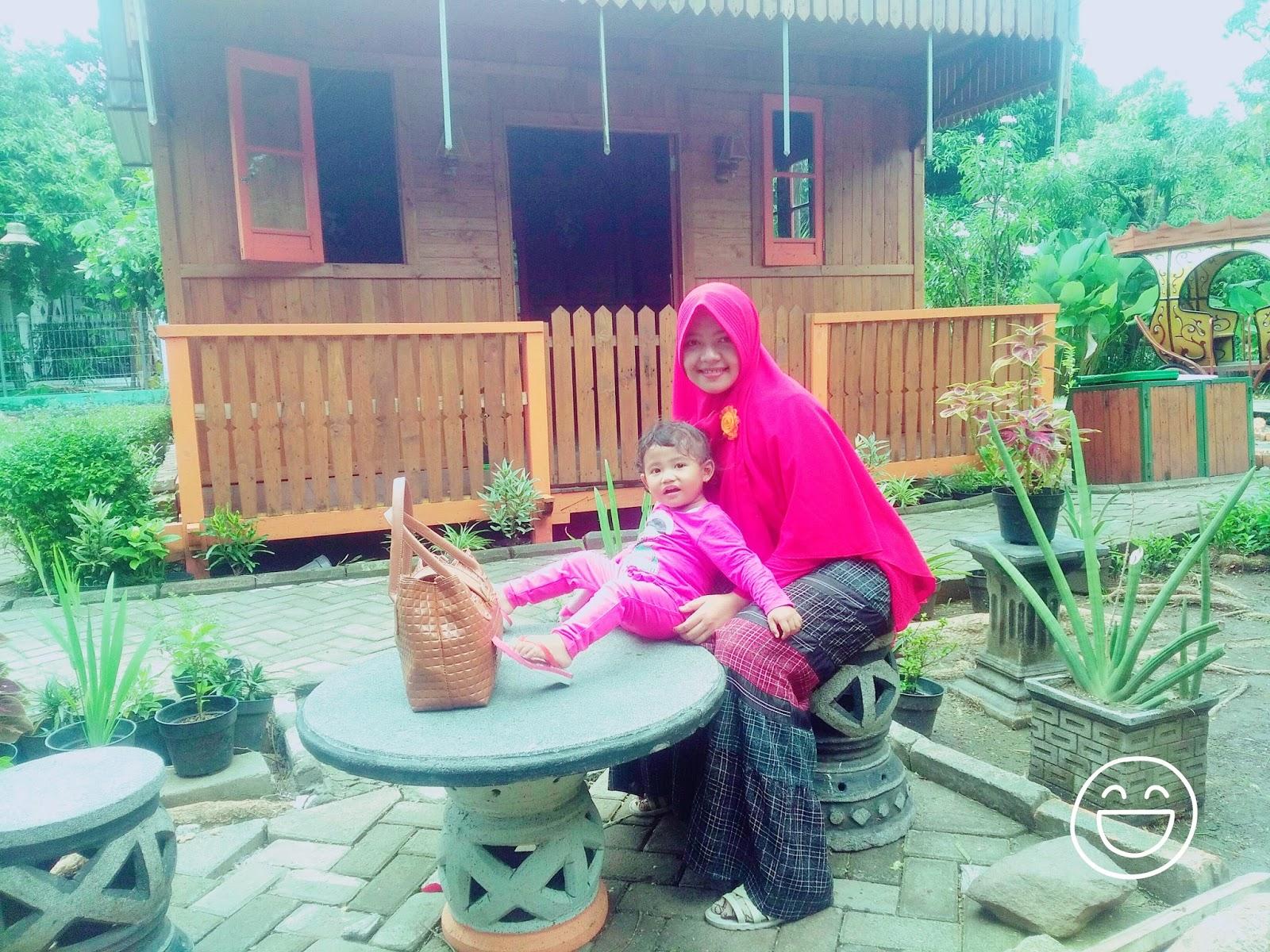 Wisata Keluarga Sidoarjo Taman Abhirama Haya Zone Salah Satu Rumah