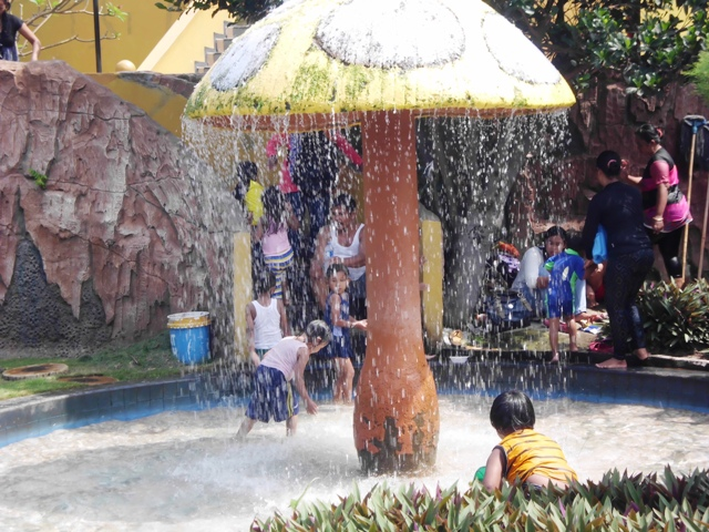 Harga Tiket Masuk Kolam Renang Sun City Sidoarjo Water Park