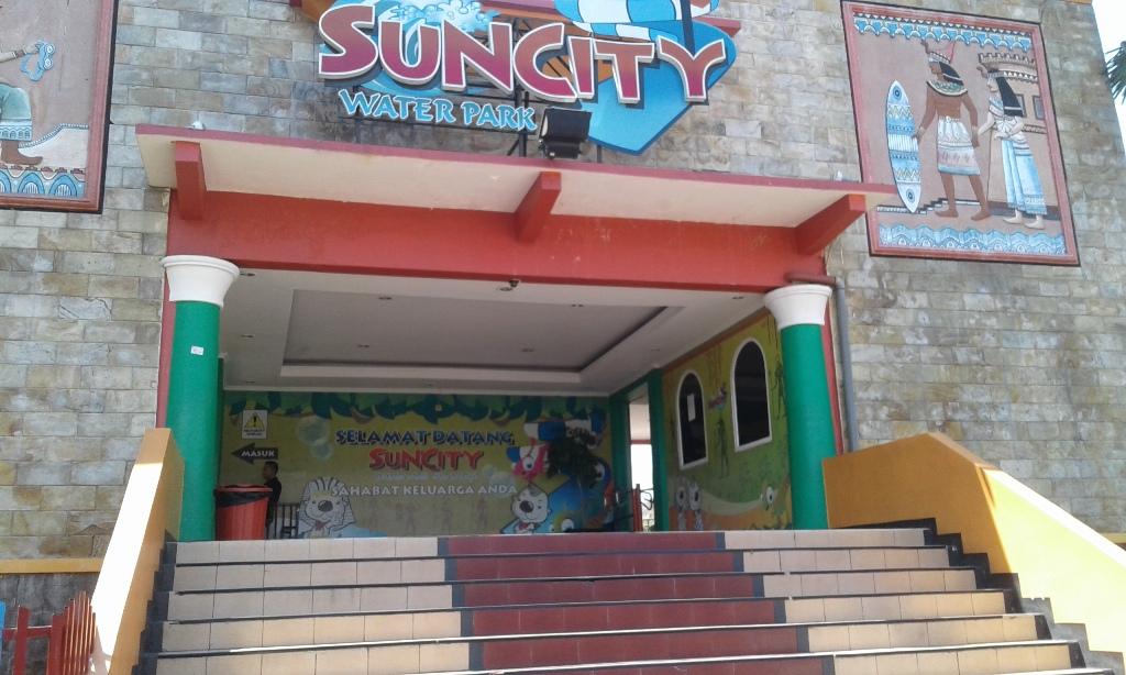 Suncity Water Park Sidoarjo Catatan Harian Qc Inspector Pintu Masuk