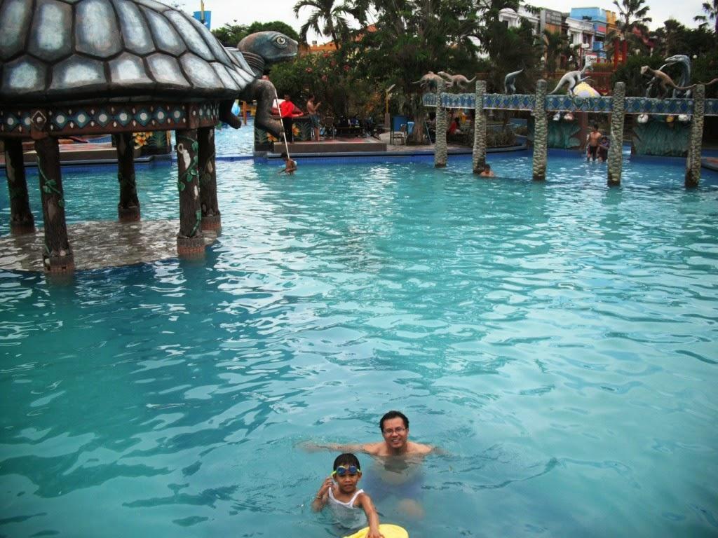 Wiyak Bumi Langit Berenang Sun City Water Park Sidoarjo Taman