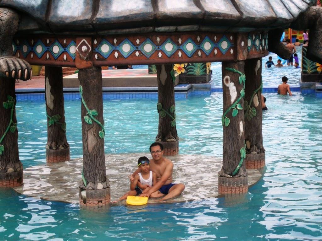 Wiyak Bumi Langit Berenang Sun City Water Park Sidoarjo Terdapat