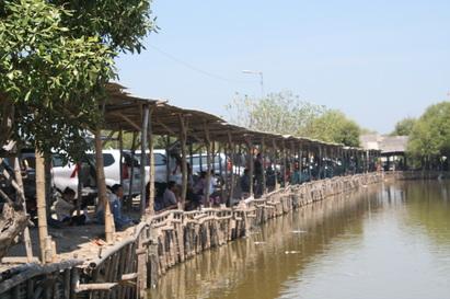 10 Tempat Wisata Terbaik Sidoarjo Kunjungi Kolam Pemancingan Sedati Terletak
