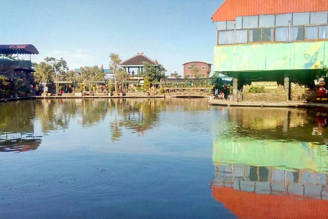 Delta Fishing Sidoarjo Wisata Keluarga Lokasi Berada Desa Prasung Kecamatan