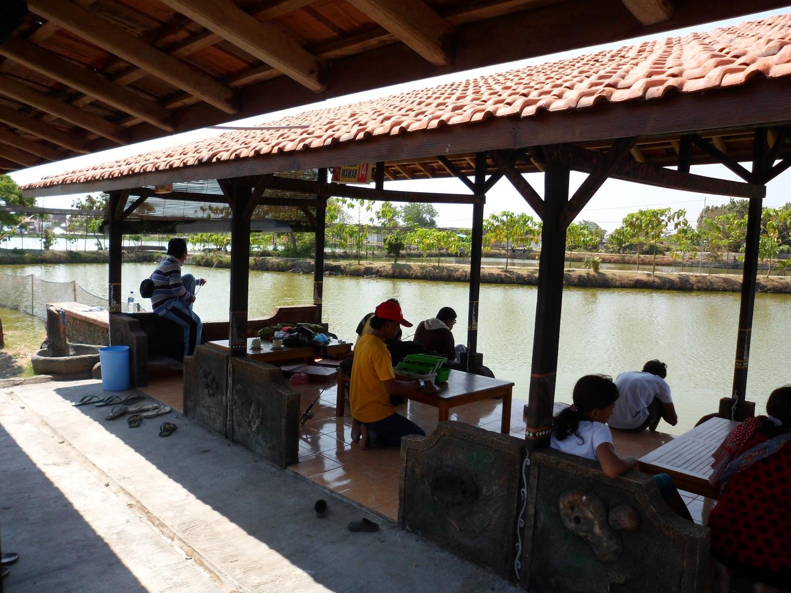 Kusuma Tirta Minapolitan Wisata Sidoarjo Tempat Tak Delta Fishing Waterpark