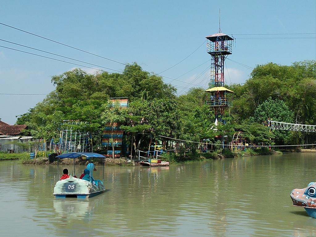 Sejenak Rehat Delta Fishing Sidoarjo Travel Bandara Juanda Coba Memancing
