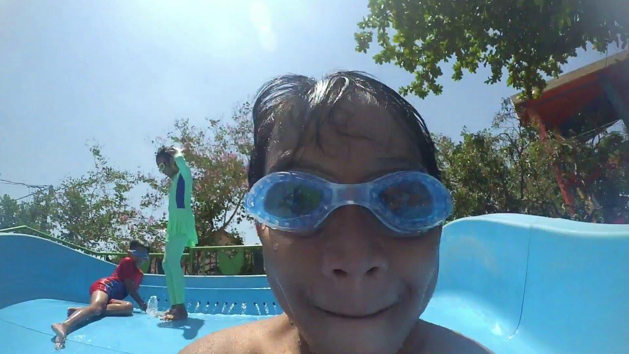 Serunya Bermain Air Waterpark Citra Harmoni Youtube Wisata Jungle Kab