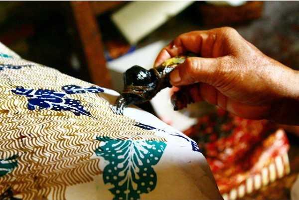 Mari Kenalkan Batik Tulis Jetis Sidoarjo Anak Usia Dini Wisata