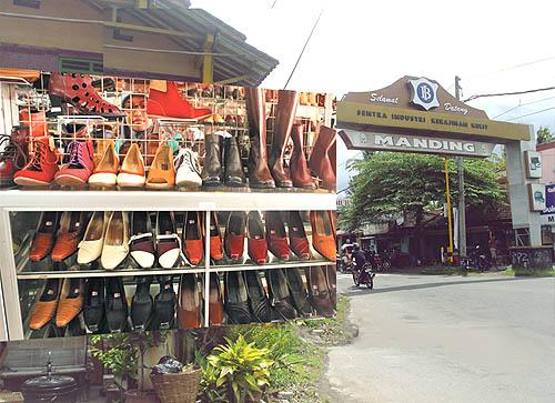 Sepatu Wanita Murah Sentra Industri Menjadi Tempat Penjualan Wisata Kampung