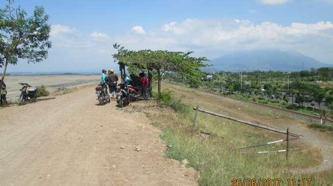 Asyiknya Jalan Kawasan Lumpur Lapindo Sidoarjo 2 Wisata Kab